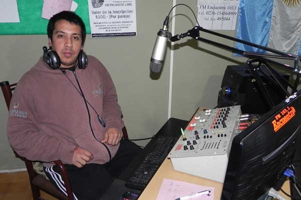 radio_rock_andres_vallejos